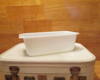 Pyrex Milk glass loaf pan