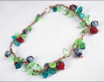 Wild strawberries, blueberry and leaves - Great boho nature necklace - Lampwork berries bijou - Berry jewelry