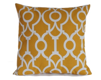 Outdoor pillows, 18x18, Yellow outdoor pillow cover, Outdoor throw pillows, Geometric pillows, Outdoor decorative pillows, Porch pillow