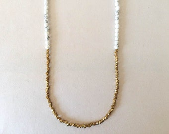 Natural White Howlite and Brass Beaded Necklace / Modern Minimalist Jewelry / Metal / Stone