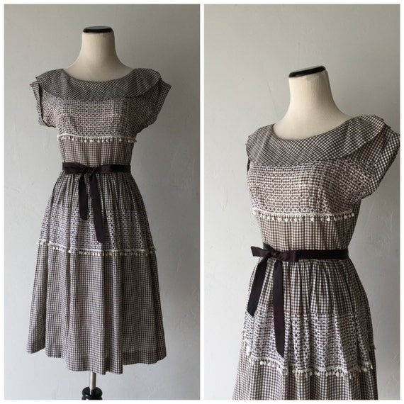 Gingerly Witty Dapper Day dress vintage