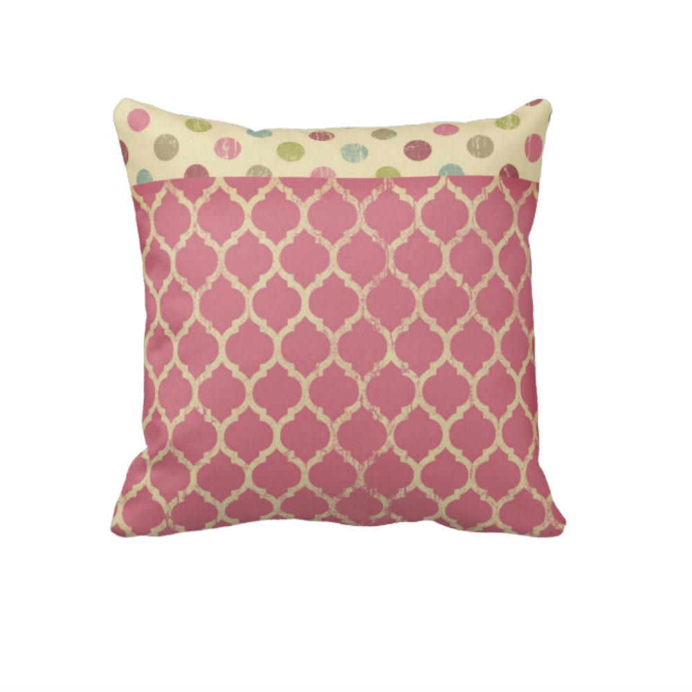 Throw Pillows Malum : Items similar to Pink Moroccan Design Pillow Throw Pillows on Etsy