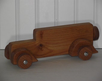 """1925 Packard """"Six"""" hand made from solid oak"""