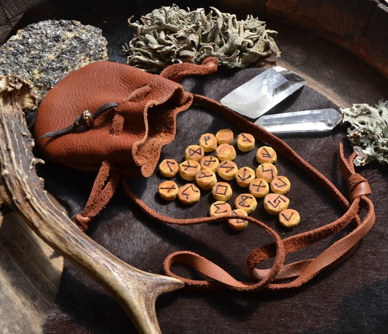 Runes rune set rune necklace small rune set rune wood for Box significato