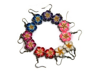 Frangipanis Earrings, Plumeria Earrings, Handmade Flowers Earrings. Hibiscus Earrings, Dangle earrings, Polymer Clay earrings