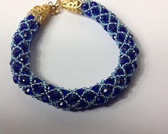 Elegant Netted Crystal Bracelet