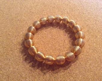 14} Gold stretch bracelet