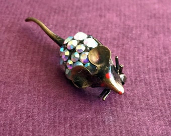 Sale 20% off // Vintage Tiny Mouse Pin with Rhinestones // Coupon code SALE20