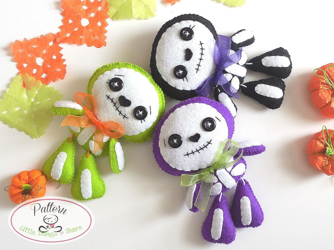 Sweet Skeleton PDF pattern-Halloween Ornament-Felt Halloween