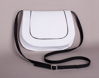 White crossbody bag Small Shoulder Purse Shoulder bag Messenger bag Small bag Small shoulder purse Clutch -adjustable strap