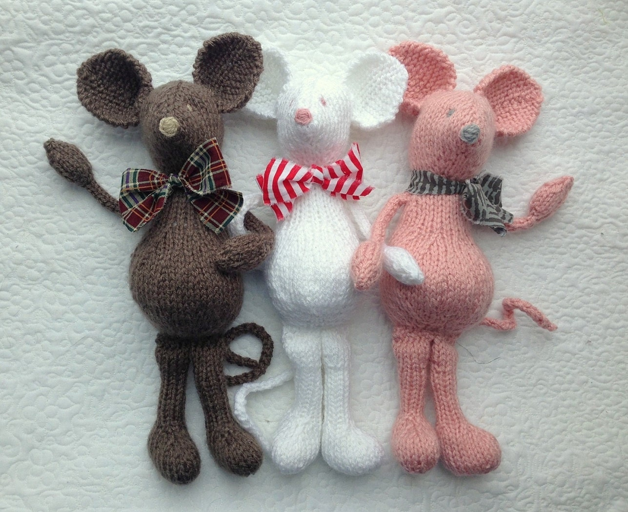 Knitting Pattern Toy Mice : MoUSE KNiTTING PaTTERN Soft Toy PDF PaTTeRN ONLY Heirloom