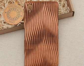 Psychedelic Design ''Vagues'' Natural Cherry Wood Phone Case iPhone 5/5s, 5C, 6 6 plus 7 7 plus
