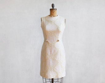 vintage ivory dress / 60s yellow light dress / wedding dress / party dress / off white dress with brocade effect / sleeveless dress