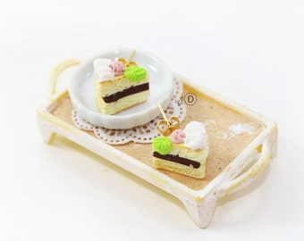 Polymer clay Cakes Earrings - Chocolate and Strawberry -