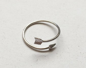 925 Sterling Silver Arrow Ring