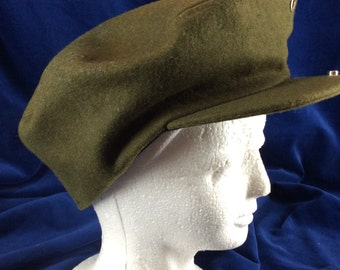 Vintage green wool hat with visor newsboy cap