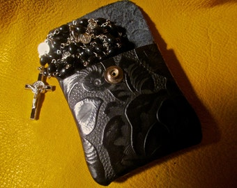 Black Leather pouch to hold coins, ear buds, or your rosary.