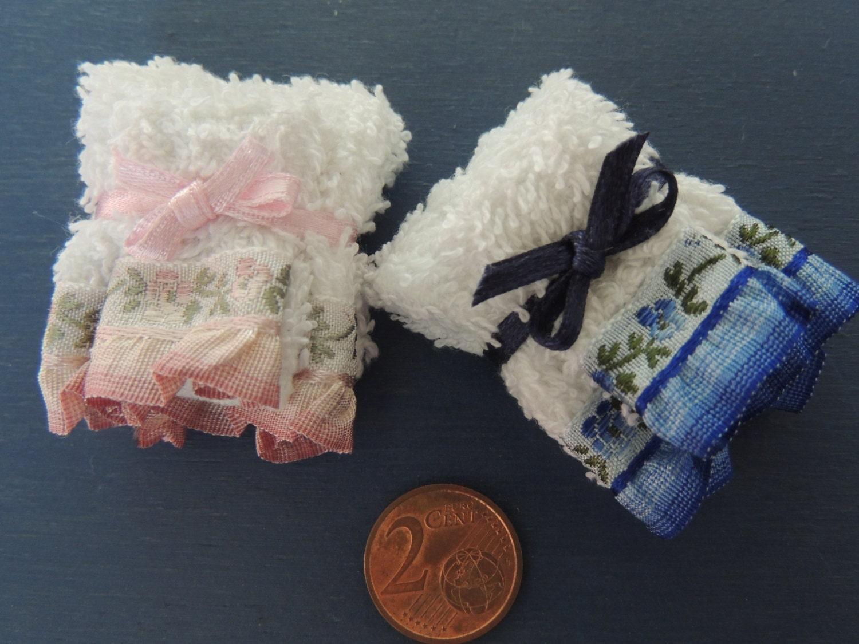 Miniatura di kit di asciugamani da bagno in scala 1 12 - Bagno in miniatura ...