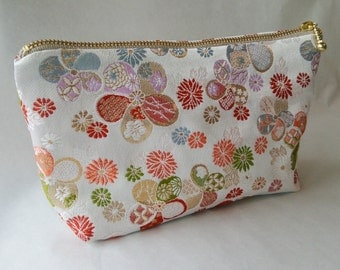 Japanese Purse,pouch,Japanese textiles,Nishijin brocade