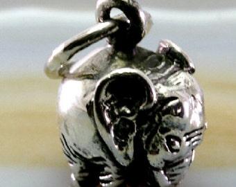 Elephant pendant 925 sterling silver   4008