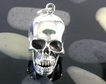 Skull pendant 925 sterling silver  -- 2049