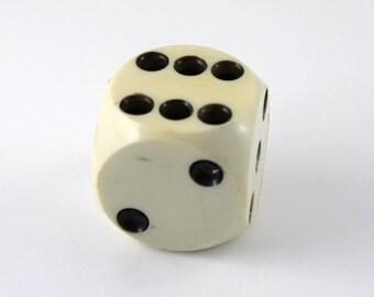 Large dice white/black