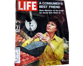 Bess Myerson Cover on Vintage Life Magazine 1971 / Bess Myerson Cover / Louie Armstrong / Vintage Advertising