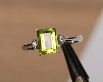 August birthstone ring natural peridot ring gemstone sterling silver ring engagement ring promise ring for her emerald cut peridot ring