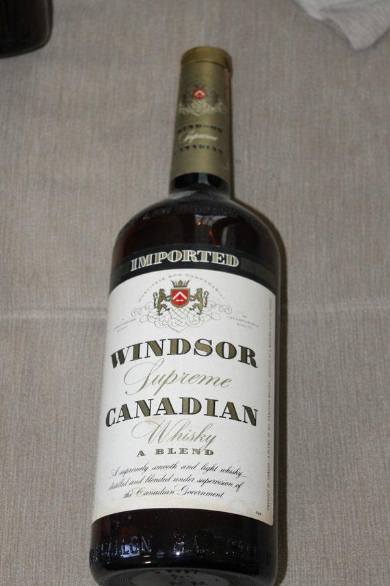 Vintage Imported Windsor Supreme Canadian Whiskey Amber Bottle