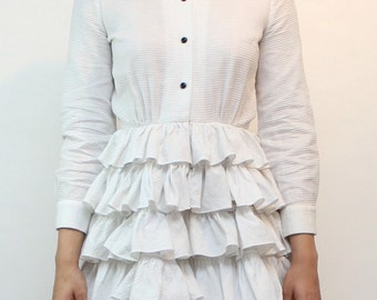 Unmarked Vintage 70s Poly-Cotton Tiered Ruffle Shirt Dress SIZE S/M