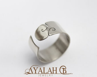Adujstable, open, modern, ethnic, wave design ring