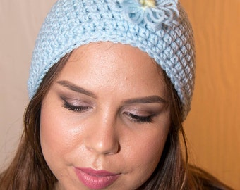 Light Blue Beanie with Loopy Daisy Flowers