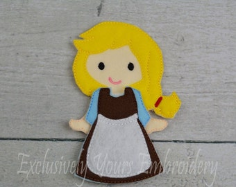 Apple Felt Paper Doll and outfit - Party Favor - Pretend Play - Quiet Game - Travel Toy - Flat Doll - Paper Doll - Dress Up Doll