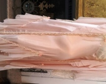 Vintage Jonquil Intimates, Exquisite Pale Pink Bridal Peignoir Set -  Gown and Matching Robe Lingerie (Free Shipping)