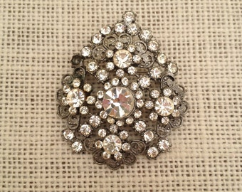 Clear Rhinestones And Silver Metal Filagree Vintage Brooch / Pendant