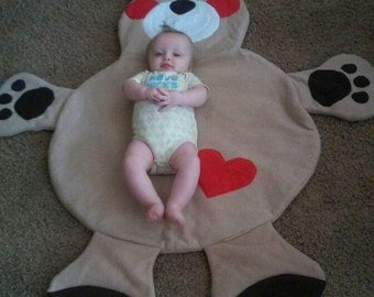 Bear Blanket / play mat / wall decoration/Tummy time mat