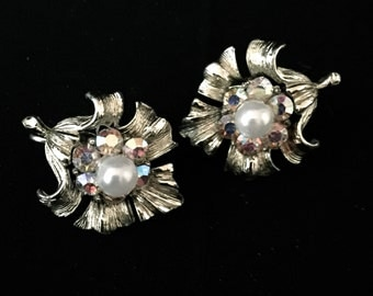 50'sPair of Silver Aurora Borealis Earrings                                                                            VG1486