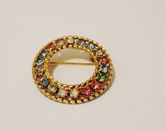 "Vintage Gold Tone, Rhinestone Brooch/ Pin. 1.40""."