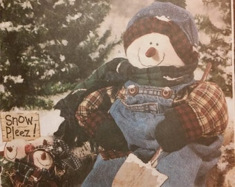 """Butterick 3327 Snowman 22"""" Soft Sculpture Snowman and Snowball Winter Decoration"""