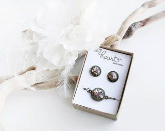 Jewelry Set, Floral Bracelet Earrings. Embroidered Gift Set. Fabric Flowers Studs. Delicate Dainty Bridesmaid Accessory. Feminine Nature Set