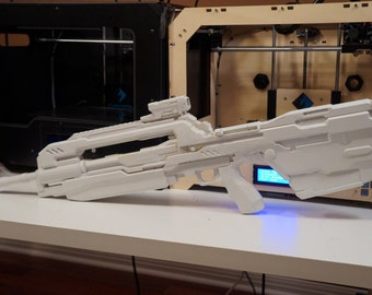 Battle Rifle V.4 1:1 Scale (Unpainted)