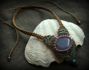 Chalcedony butterfly dream macrame necklace
