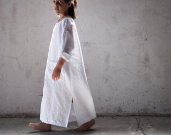 Boys and girls pure linen kaftans. Optic white color.