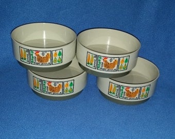 Retro Loma Industries Stackable Bowls