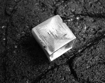 ring, ring, ring, ring square brushed silver hammered jewelry female ring