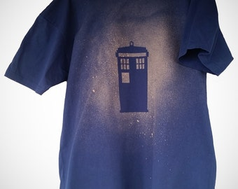 Little Blue Box - Doctor Who TARDIS t-shirt