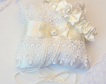 Wedding Ring Bearer Pillow Ivory Satin Venice Lace Pillow Champagne Ring Bearer Pillow Vintage Ring Pillow Ivory Wedding Ring Pillow