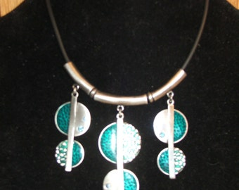 "NECKLACE Turquoise, DROP Aqua Green Silver Tone Metal and Rhinestone Pendants, with Clasp, 11"" Long (#543)"