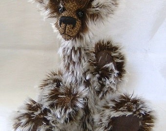 Snoggy,  Ooak quirky mohair bear, pattern by Alaine Ferreira , Bearflair.
