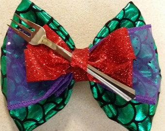 Little Mermaid inspired Bow- Ariel bow, scales, purple, red, fork, little mermaid, green, hand crafted, other options available, lanyard too